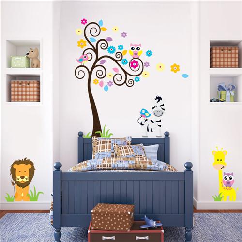 Barvito drevo, levček, žirafa in zebra-0