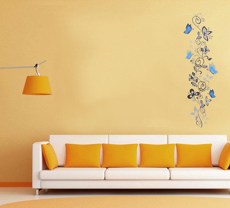 Črna plezalka in modri metulji-930