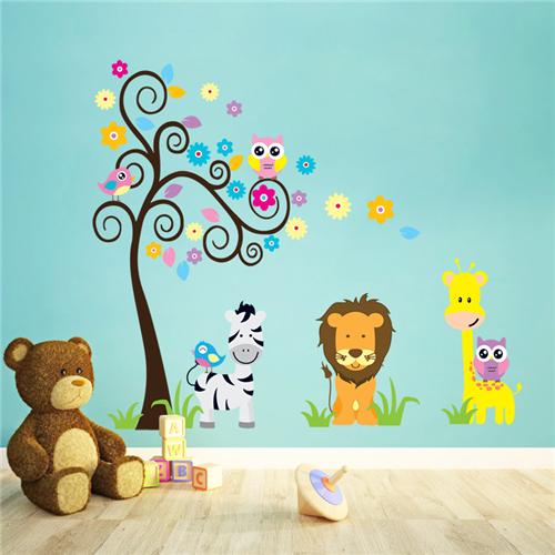 Barvito drevo, levček, žirafa in zebra-538